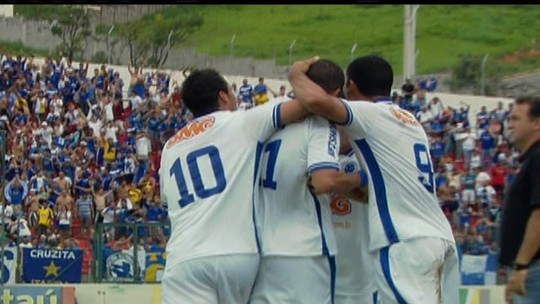 Novo técnico do Atlético-MG, Vagner Mancini comandou o Cruzeiro em 2011, no 6 a 1