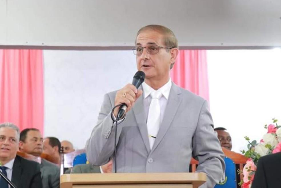 Pastor Adir Neto Teodoro é preso por suspeita de participação no assassinato da nora — Foto: Reprodução/Facebook