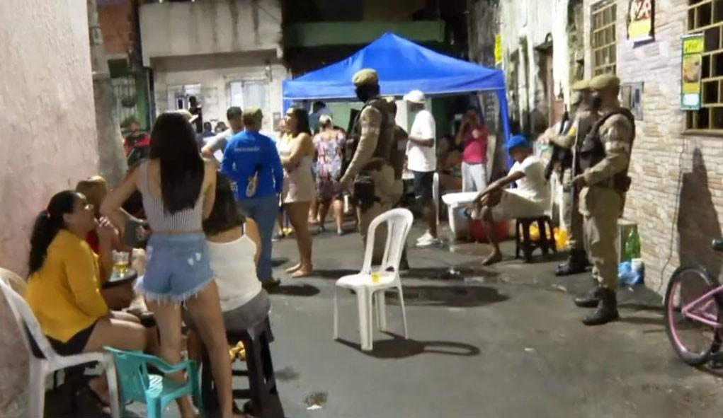 Fiscalização encerra festa de aniversário no bairro do Uruguai, em Salvador