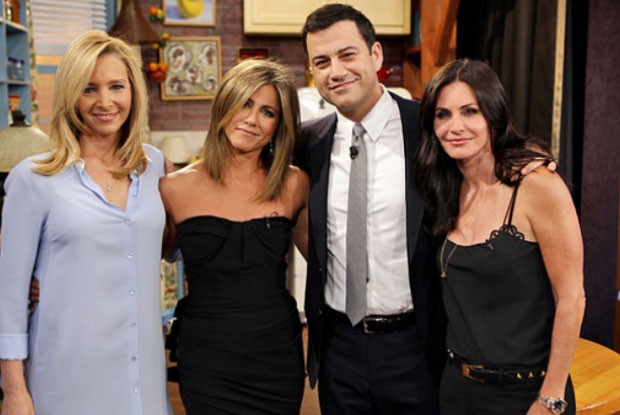 Lisa, Jennifer, Jimmy Kimmel e Courteney  (Foto: Reprodução)