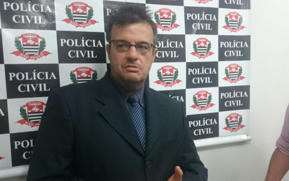 Delegado Alceu Lima de Oliveira Júnior investiga o caso (Foto: Marcos Lavezo/G1/Arquivo)