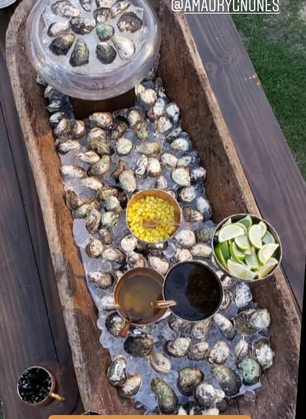 Estação das ostras do casamento da Karina Bacchi e Amaury Nunes (Foto: Instagram/ Reprodução)