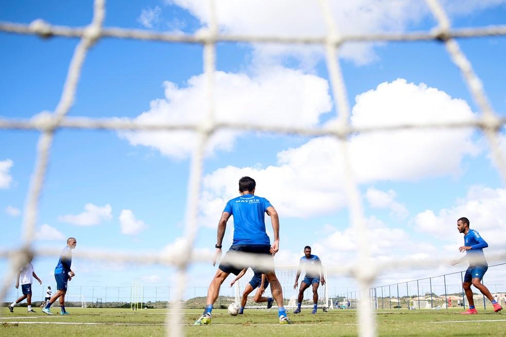 Bahia avança em protocolo, e atletas formam grupos para trabalho ...