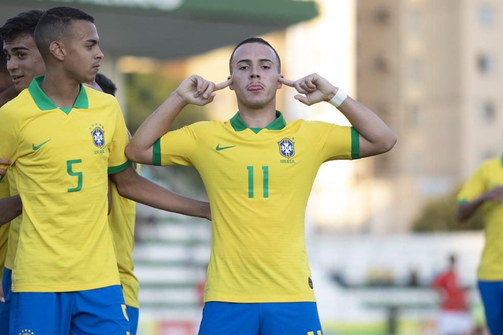 João Peglow, do Internacional, é outro destaque da equipe sub-17 do Brasil — Foto: Lucas Figueiredo/CBF