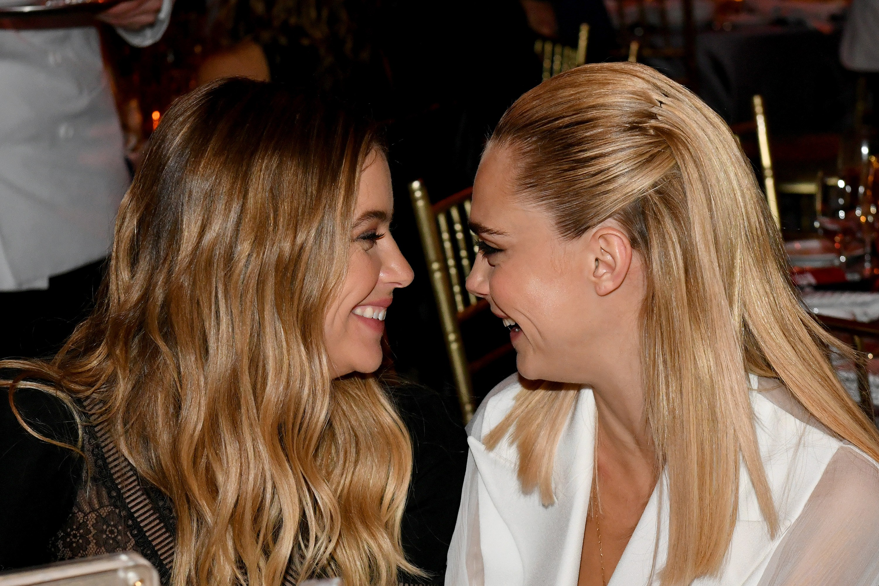 Ashley Benson e Cara Delevingne (Foto: Getty Images)