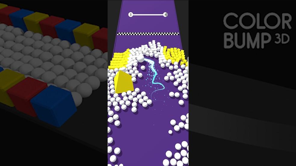 É possível empurrar peças para fora do tabuleiro de Color Bump 3D — Foto: Reprodução/Murilo Molina