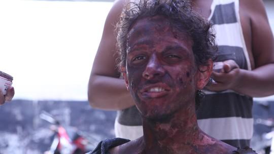 Rafael Losso revela detalhes da sua participação em 'Carcereiros': 'Lidamos com o fogo, mas estávamos preparados'