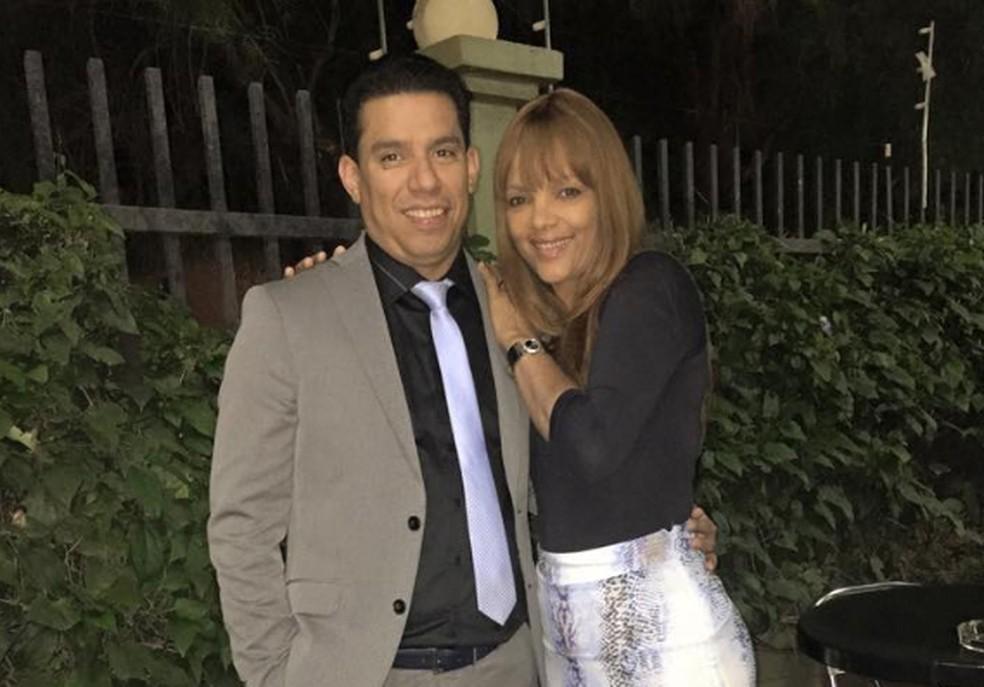 Flordelis e o marido, pastor Anderson Carmo — Foto: Reprodução/ Facebook