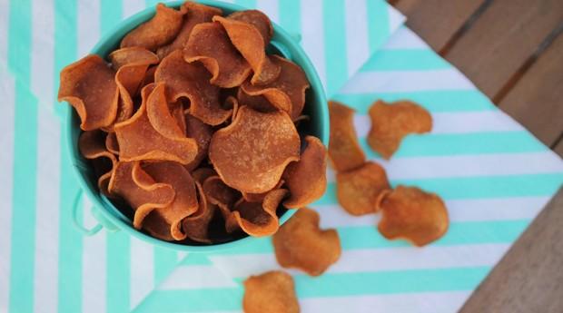 PigOut, salgadinho vegano com gosto de bacon criado pela startup Outstanding Foods (Foto: Reprodução/Facebook)