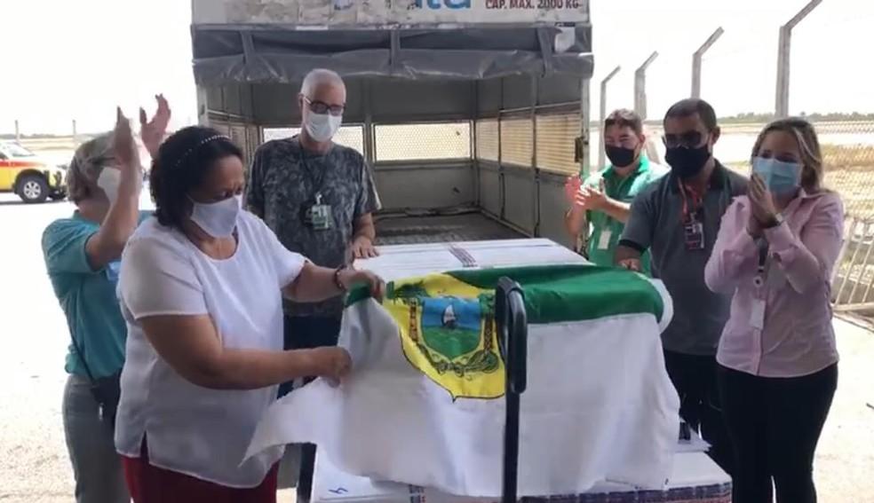 Novo lote da CoronaVac chegou neste domingo no RN — Foto: Geraldo Jerônimo/Inter TV Cabugi