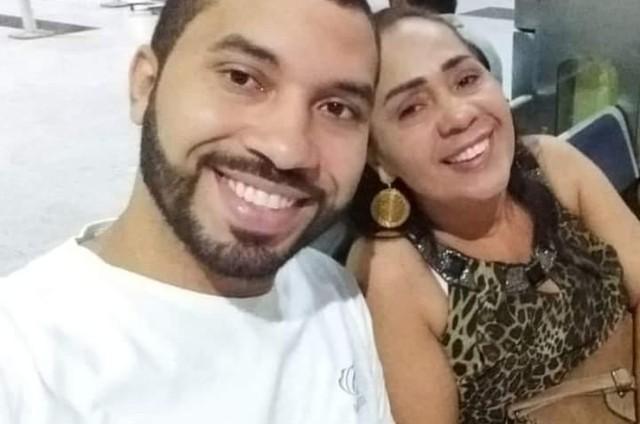Gilberto e a mãe, Jacira (Foto: Arquivo pessoal)