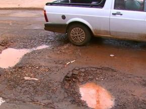 Prejuízos com buracos podem ser cobrados em ação contra prefeitura ...