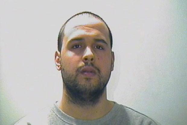Khalid também foi identificado por suas impressões digitais como o autor do ataque na estação de metrô de Maelbeek (Foto: Interpol/Reuters)