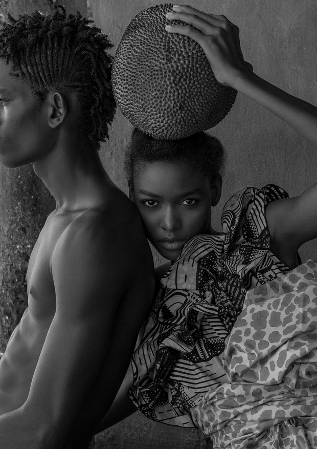 Vestido, Stella McCartney. Tecido na cintura, Blikis African Fabrics (Foto: Zee Nunes)