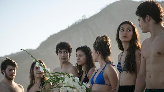 Final de 'Malhação': Amigos prestam última homenagem a Filipe