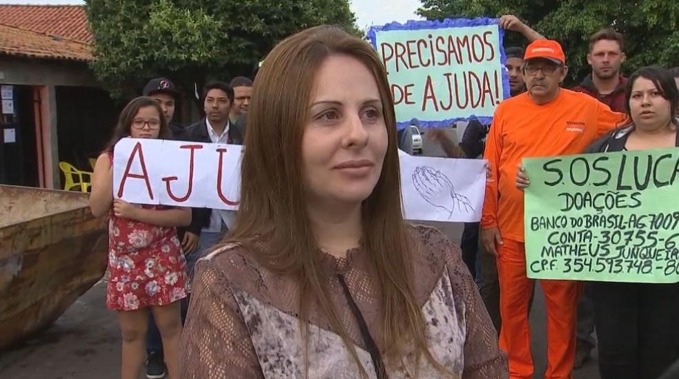 Irmã de Lucas alega que família tem dificuldade de saber sobre o estado de saúde do rapaz internado na Colômbia (Foto: Reprodução / TV TEM)