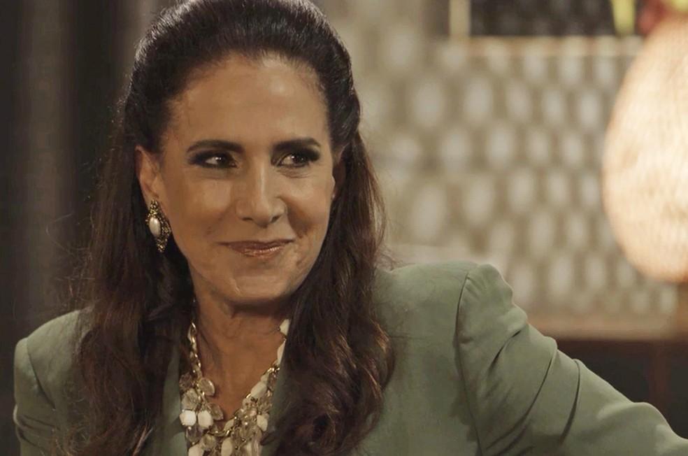 Mercedes (Totia Meireles) propõe sociedade para Jerônimo (Jesuíta Barbosa), mas com condição cruel, em 'Verão 90' — Foto: TV Globo
