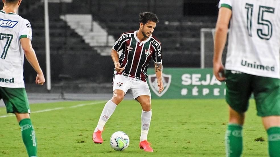 Hudson em ação pelo Fluminense contra o Goiás — Foto: Mailson Santana / Fluminense FC