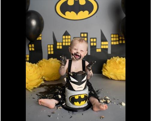 Samach The Cake Batman (Foto: Reprodução Instagram/Leslie Page Photography)