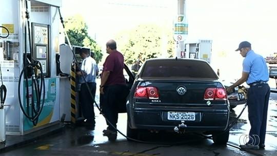 Após desabastecimento, situação dos postos de combustíveis começa a se normalizar no interior de Goiás