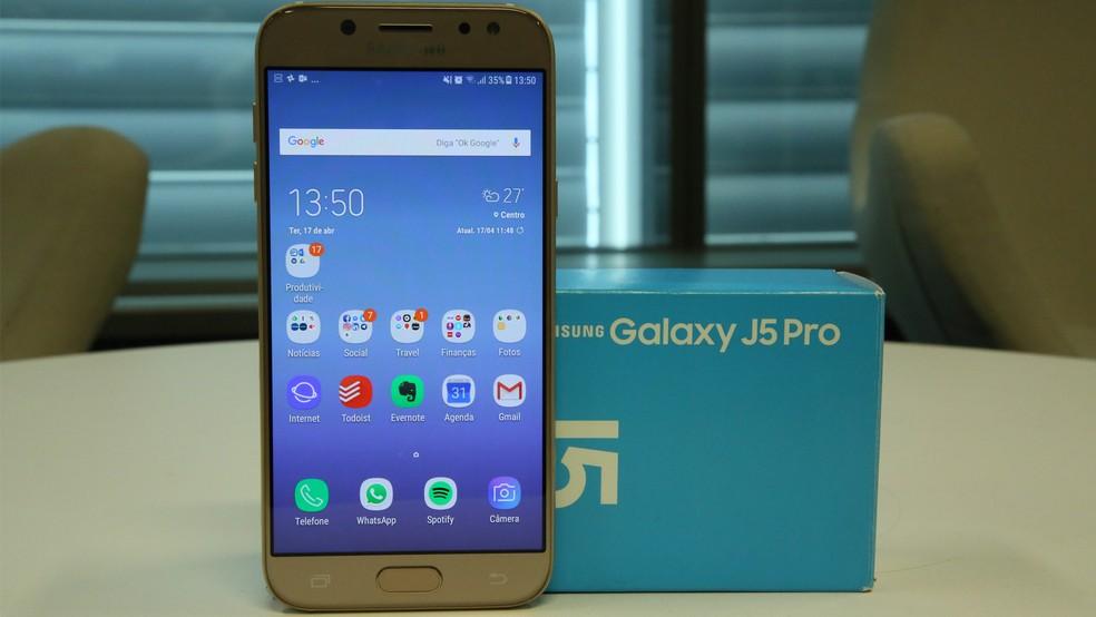 2ef83ba91 ... Galaxy J5 Pro está entre celulares mais vendidos do Brasil — Foto   Bruno De Blasi