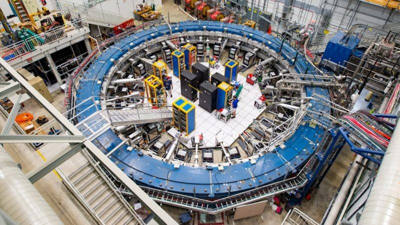 BBC As descobertas vêm do experimento US Muon g-2 (Foto: REIDAR HAHN / FERMILAB via BBC)