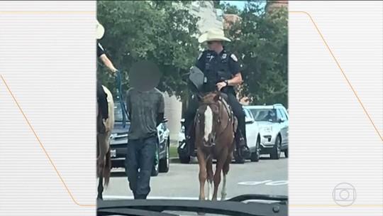 Polícia pede desculpas por ter levado homem algemado e amarrado até a delegacia, nos EUA