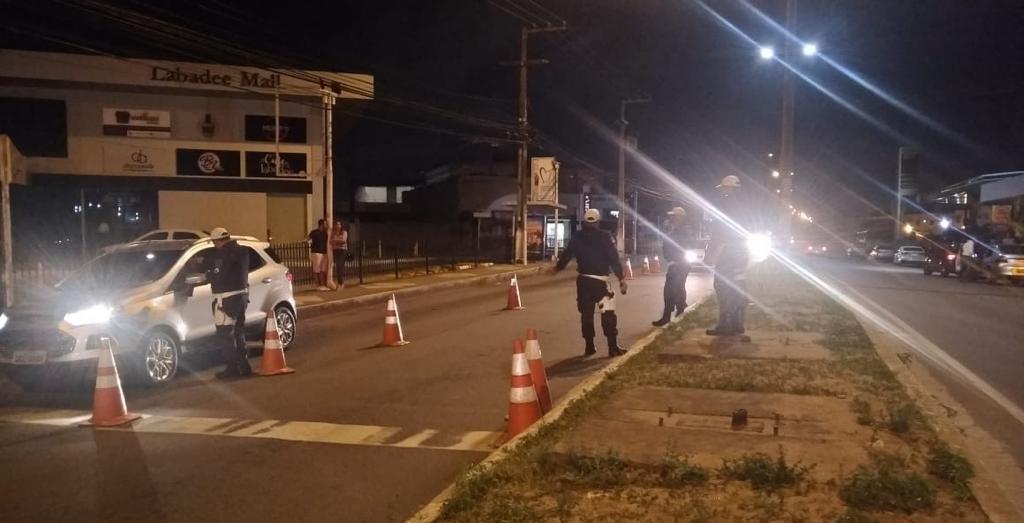 Blitz da Lei Seca autua 25 motoristas na Zona Sul de Natal - Notícias - Plantão Diário