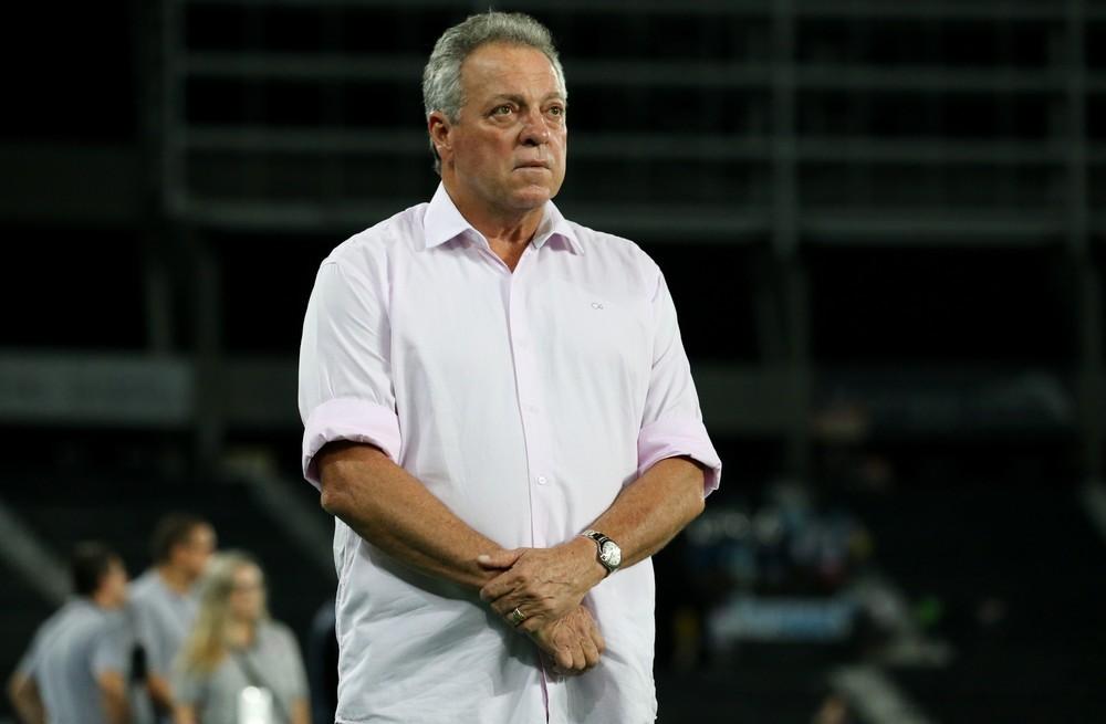 VEM, ABEL! Flamengo acerta com Abel Braga e prepara anúncio de técnico para próximos dias Treinador, que pode ser anunciado nesta terça, vai para
