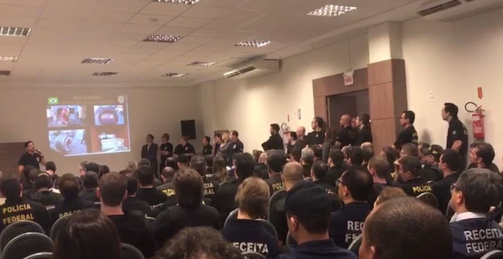 Cerca de 450 policiais federais participam das operações (Foto: Polícia Federal/Divulgação)