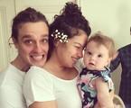 Ana com o marido, Gabriel Chadan, e a filha, Gaia | Reprodução/ Instagram