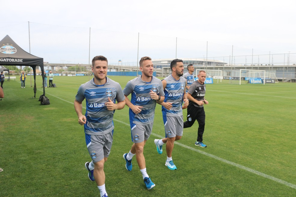 Ramiro,  Arthur e Edílson não treinaram e podem ser poupados (Foto: Eduardo Moura/GloboEsporte.com)