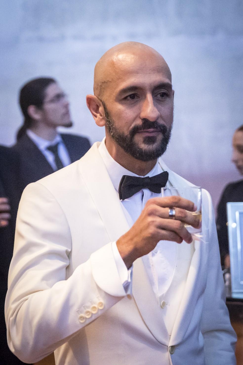 Irandhir Santos será Álvaro, empresário de caráter duvidoso  — Foto: João Cotta/Globo