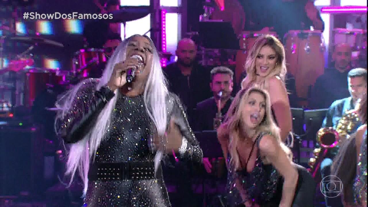 Mumuzinho interpreta Ludmilla no 'Show dos Famosos'
