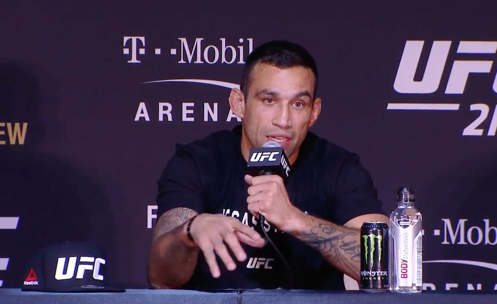 Fabricio Werdum conversou com a imprensa após o UFC 216 e disse que se acha merecedor de nova chance ao título do UFC (Foto: Reprodução)