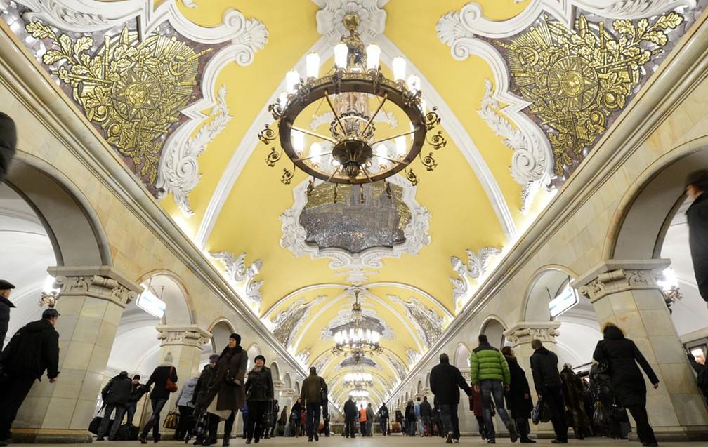 A estação de metrô Komsomolskaya, em Moscou (Foto: Kirill Kudryavtsev/AFP Photo)