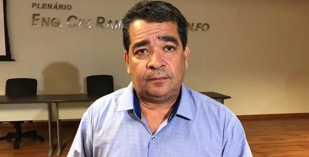 Amadeu Rodrigues diz que o preço foi decidido pelos clubes (Foto: Lucas Barros / GloboEsporte.com)