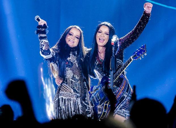 Com convidados epeciais, Maiara e Maraisa gravaram seu novo DVD no Espaço das Américas em SP (Foto: Thiago Duran/AgNews )
