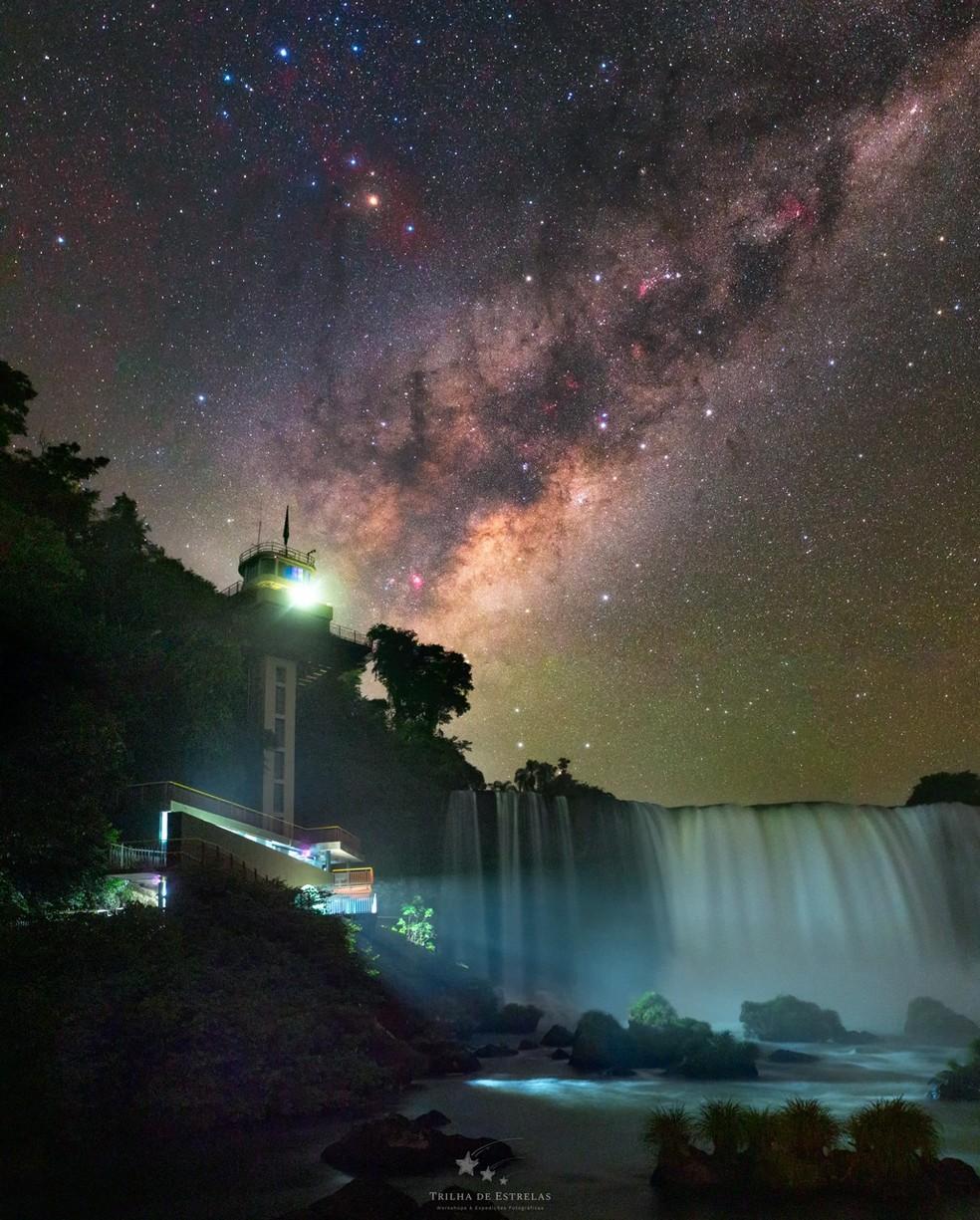Núcleo da Via Láctea foi fotografado próximo do mirante das Cataratas do Iguaçu — Foto: Victor Lima/Divulgação