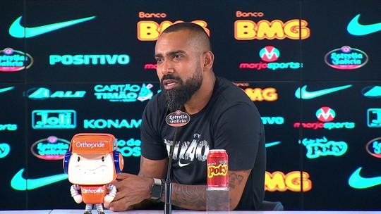 """Coelho diz que Corinthians entrou em campo """"relaxado"""" em derrota, mas valoriza """"missão cumprida"""""""