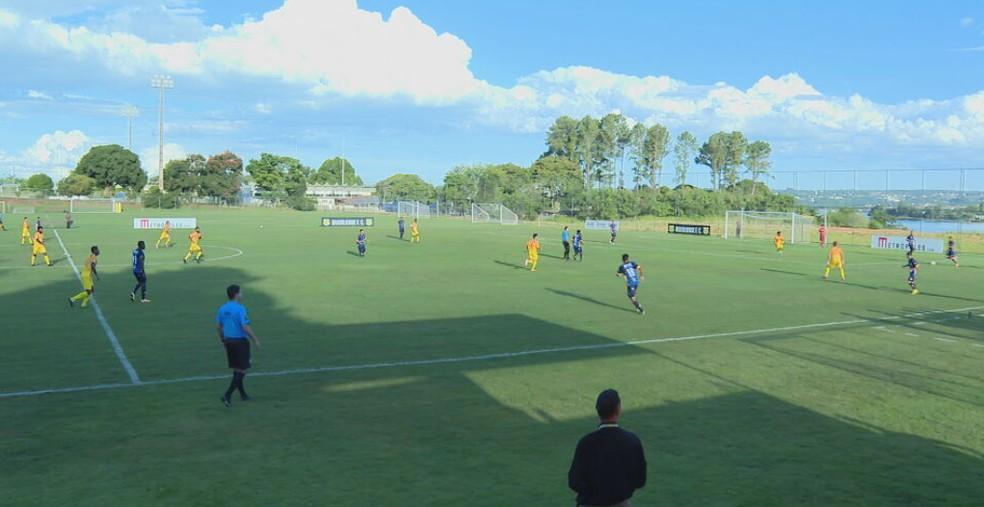 Brasiliense x Paranoá, pela 11ª rodada do Candangão, foi realizado no CT do Jacaré  — Foto: Reprodução / TV Globo