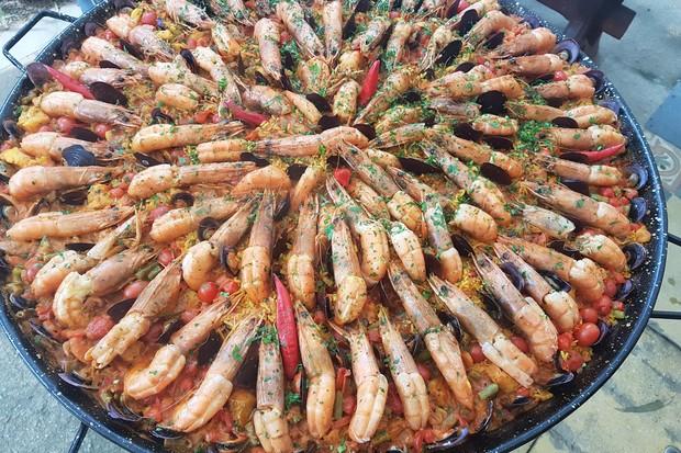 Paella do chef Tonhão (Foto: Marco Yamin/divulgação)