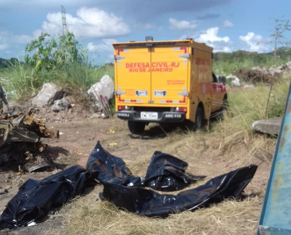 Corpos estavam enterrados no local conhecido como Fazenda dos Mineiros — Foto: Reprodução/Redes Sociais