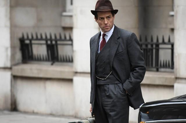 Hugh Grant em 'A very english scandal' (Foto: Reprodução)