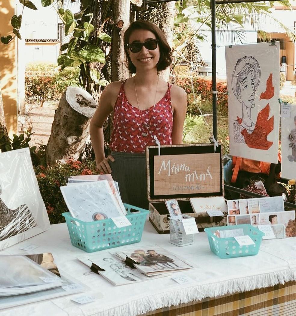 A artista Minna Miná quer que as pessoas se divirtam com suas criações, sejam crianças ou adultos. — Foto:  Kauê Rolim/Arquivo pessoal