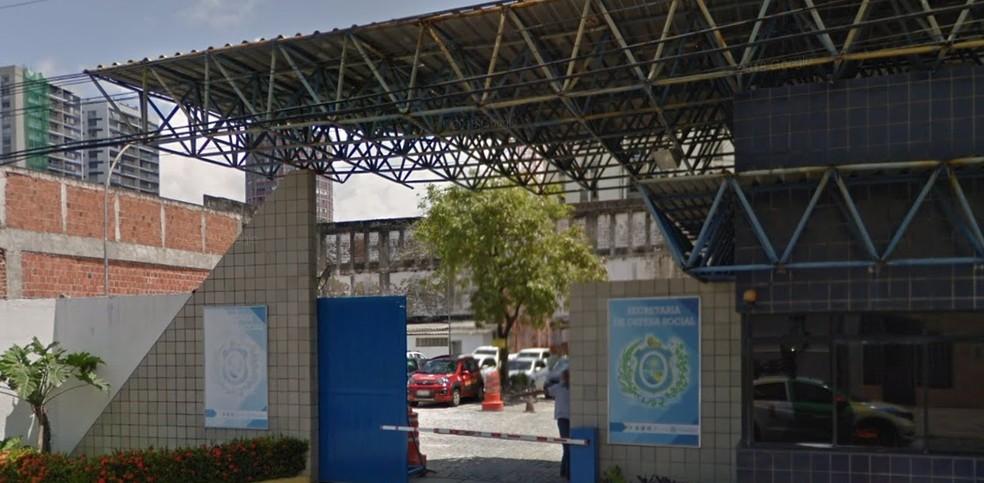 Secretaria de Defesa Social de Pernambuco (SDS) fica no Recife — Foto: Reprodução/Google Street View