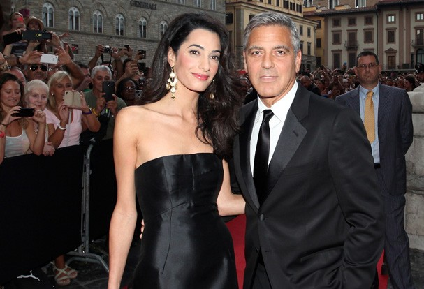 Amal e George sempre lindos no red carpet (Foto: Getty Images)