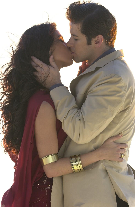 Em 2002, Jade e Lucas foram apontados como o casal mais famoso do mundo pela versão hispânica da revista 'People' — Foto: Divulgação