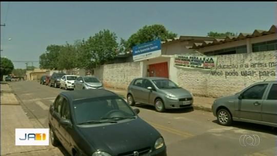 Adolescentes passam mal após tomar refrigerante 'batizado' com remédio para impotência sexual, em Anápolis