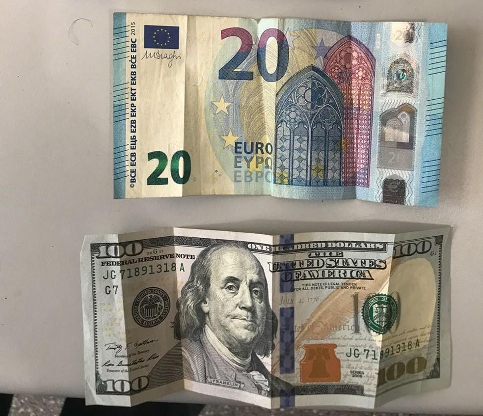 Dinheiro apreendido com os homens (Foto: Polícia Militar-MT)